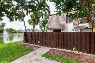 Coral Springs Townhouse For Sale: 2645 NW 99th Avenue