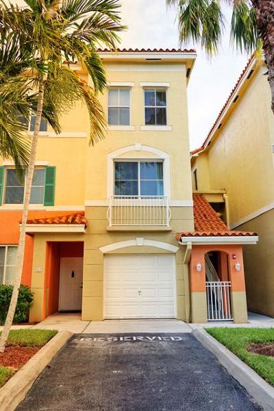 Palm Beach Gardens Condo For Sale: 11033 Legacy Boulevard #101