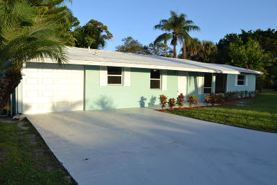 Palm City Single Family Home For Sale: 3085 SW Feroe Avenue