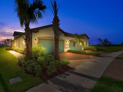 Port Saint Lucie Single Family Home For Sale: 11273 SW Winding Lakes Circle