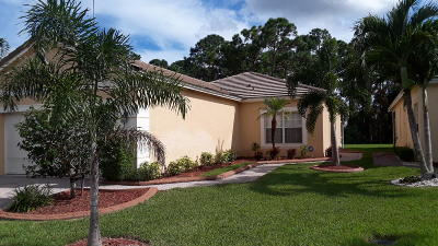 Port Saint Lucie Single Family Home For Sale: 564 SW Indian Key Drive