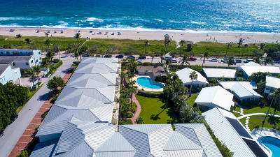 Delray Beach Condo For Sale: 300 S Ocean Boulevard #W-24