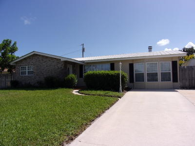 Jensen Beach FL Single Family Home Sold: $225,000