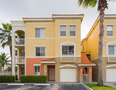 Palm Beach Gardens Condo For Sale: 11037 Legacy Boulevard #201
