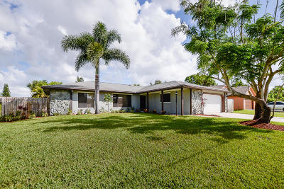 Port Saint Lucie Single Family Home For Sale: 771 NW Riverside Drive