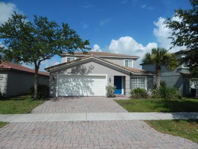 Port Saint Lucie Single Family Home For Sale: 1999 Newport Isles Boulevard