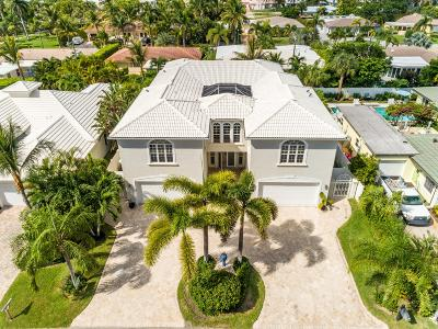 Palm Beach Shores Single Family Home For Sale: 225 Claremont Lane