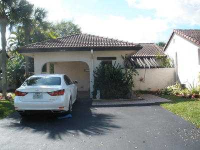 Boca Raton Single Family Home For Sale: 8006 Eastlake Drive #12-B