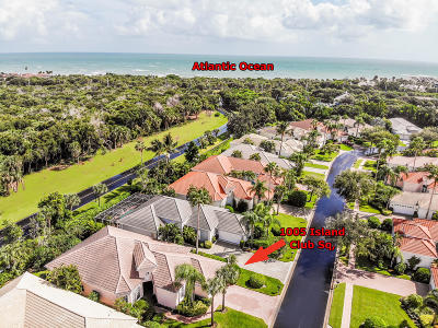 Vero Beach Single Family Home For Sale: 1005 Island Club Square