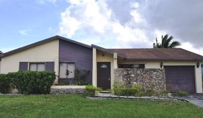 Boca Raton Single Family Home For Sale: 22546 SW 7th Street