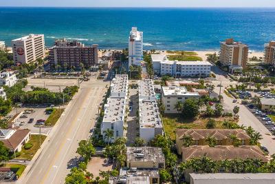Pompano Beach Townhouse For Sale: 1319 Ocean Boulevard #1319