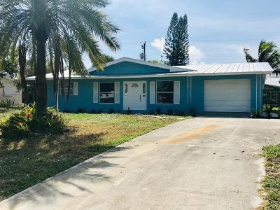 Jensen Beach Single Family Home For Sale: 1426 NE Hilltop Street