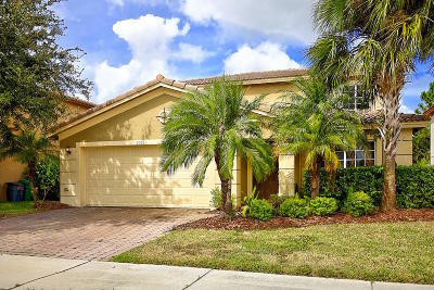 Port Saint Lucie Single Family Home For Sale: 2065 SW Marblehead Way