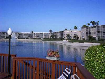 Lake Worth Condo For Sale: 2721 Garden Drive #202