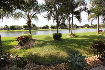 Boynton Beach Single Family Home For Sale: 10815 Carmelcove Circle
