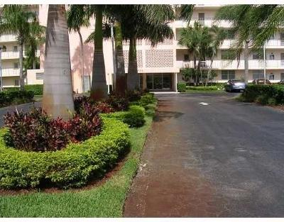 Boca Raton Condo For Sale: 5500 NW 2nd Avenue #725