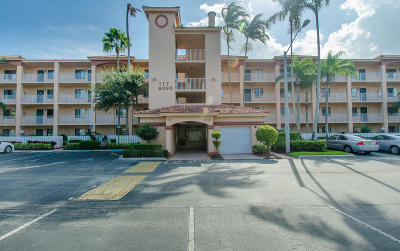 Delray Beach Condo For Sale: 6093 Pointe Regal Circle #105