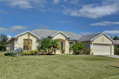 Port Saint Lucie Single Family Home For Sale: 661 SW Saragossa Avenue