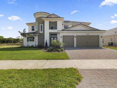 Jensen Beach Single Family Home For Sale: 2525 NE Evinrude Circle