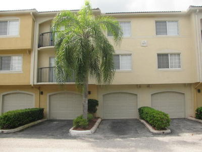 Royal Palm Beach Condo For Sale: 600 Crestwood Court #609