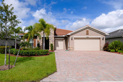 Port Saint Lucie Single Family Home For Sale: 12134 SW Bayberry Avenue