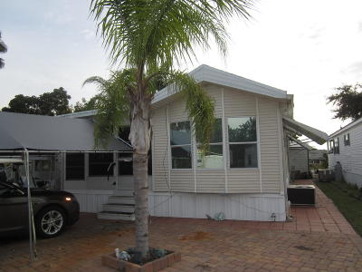 Okeechobee Condo For Sale: 7950 State Road 78 West SW #Lot # 27