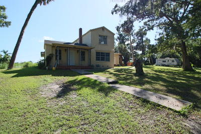 Martin County Single Family Home For Sale: 18961 SW Conners Highway
