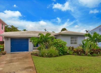 Lake Worth Single Family Home For Sale: 814 S Palmway