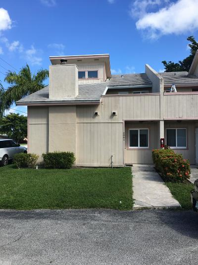 Coral Springs Condo For Sale: 4091 Coral Springs Drive #1
