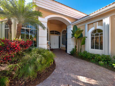 West Palm Beach Single Family Home For Sale: 6690 Oakmont Way