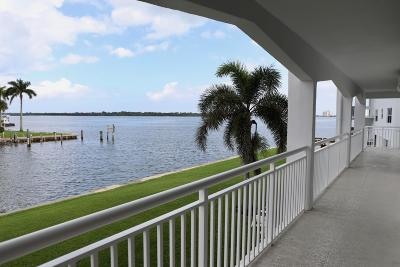 North Palm Beach Condo Contingent: 111 Shore Court #213
