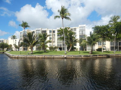 Condo For Sale: 7 Royal Palm Way #105