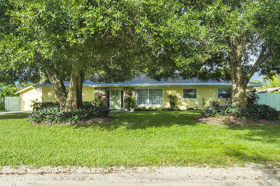 Vero Beach Single Family Home For Sale: 575 37th Avenue