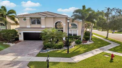 Delray Beach Single Family Home For Sale: 15830 Menton Bay Court
