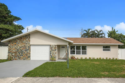 Lake Worth Single Family Home For Sale: 702 Grove Street