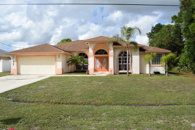 Port Saint Lucie Single Family Home For Sale: 525 SW Cherryhill Road