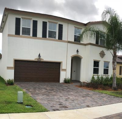 Port Saint Lucie Single Family Home For Sale: 7807 NW Greenbank Circle #231