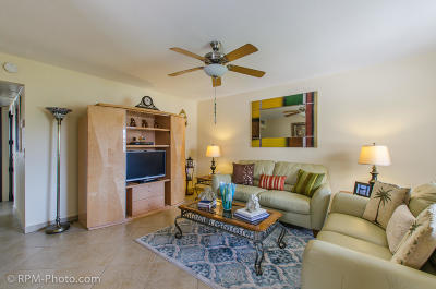 Delray Beach Condo For Sale: 220 Monaco #E