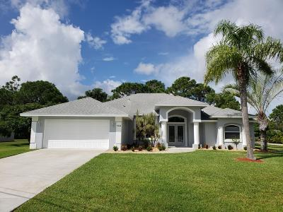 Port Saint Lucie Single Family Home For Sale: 5904 NW Whitecap Road