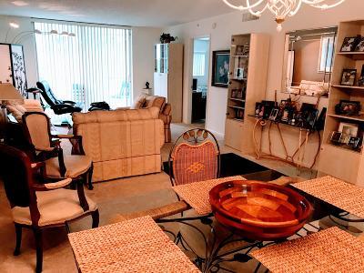 Lake Worth Condo For Sale: 4734 Lucerne Lakes Boulevard E #405