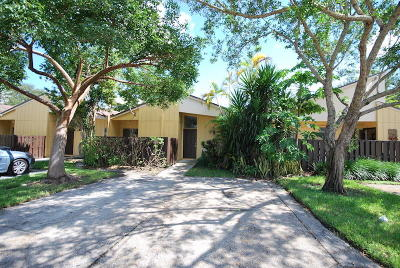 Boca Raton Townhouse For Sale: 22603 Vistawood Way