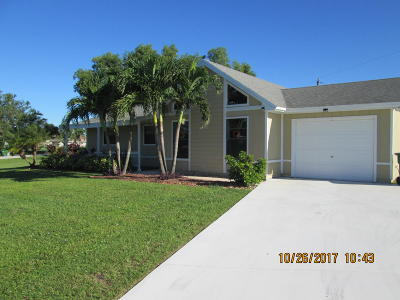Port Saint Lucie Single Family Home For Sale: 401 SE Inwood Avenue