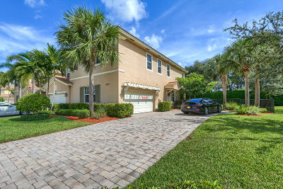 Palm Beach Gardens FL Townhouse Contingent: $475,000