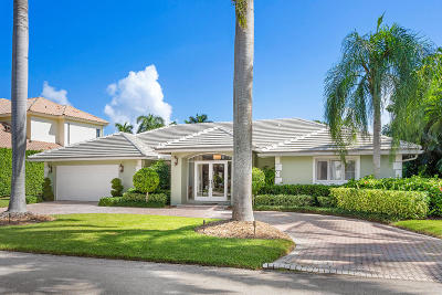 Mizner Court, Mizner Court Cond I, Royal Palm Yacht & Cc, Royal Palm Yacht & Country Club, Royal Palm Yacht And Country Club, Royal Palm Yacht And Country Club Sub In Pb 26 Pgs, Royal Palm Yacht And Country Club Subdivision Single Family Home For Sale: 1220 Thatch Palm Drive