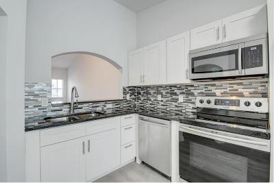 West Palm Beach Condo For Sale: 3800 Jog Road #203