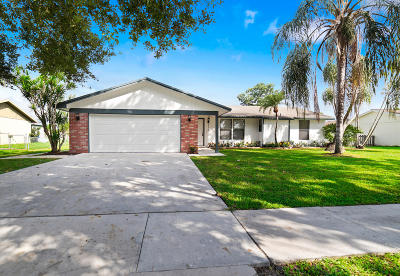 Royal Palm Beach Single Family Home For Sale: 116 Park Road
