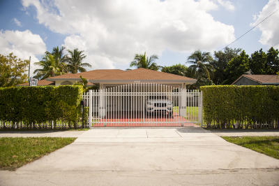 Miami Single Family Home For Sale: 10435 NW 6th Avenue
