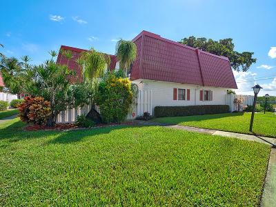 Boynton Beach Townhouse For Sale: 2732 Yale Lane