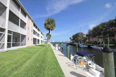 North Palm Beach Condo Contingent: 120 Lehane Terrace #319