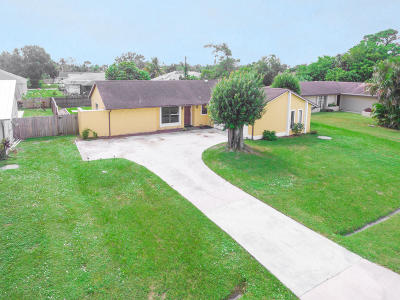 Port Saint Lucie Single Family Home Contingent: 144 NE Sagamore Terrace